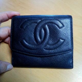 シャネル(CHANEL)の美品💕シャネルキャビアスキン 折財布(財布)