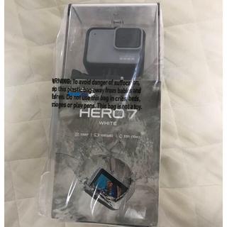 ゴープロ(GoPro)のCHDHB-601-FWホワイト GoProゴープロ ヒーロー7 (コンパクトデジタルカメラ)