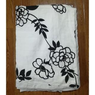 最終お値引き 花柄カバーシングル布団カバーと枕カバー 白×黒(シングルベッド)