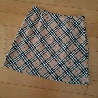 バーバリー(BURBERRY)のBURBERRYs ノバチェックスカート(ひざ丈スカート)