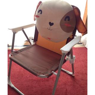 折り畳み椅子 背もたれ 肘置きあり 座椅子(折り畳みイス)