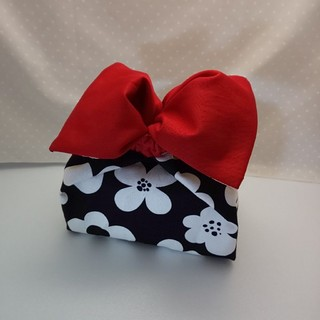 ハンドメイド ☆お弁当袋 cubu長方形(大)赤いリボン(ランチボックス巾着)
