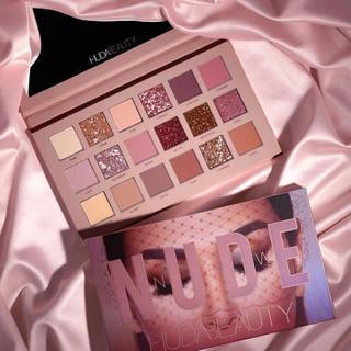 セフォラ(Sephora)の新品 Huda Beauty The New Nude Palette(アイシャドウ)