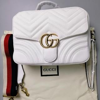 グッチ(Gucci)のGUCCI ショルダーバッグ   ホワイト(ショルダーバッグ)