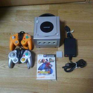 ニンテンドーゲームキューブ(ニンテンドーゲームキューブ)のゲームキューブとマリオカートのソフトのセット(家庭用ゲーム本体)