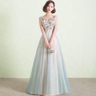 ヴェラウォン(Vera Wang)の小花 グリーンドレス(ウェディングドレス)