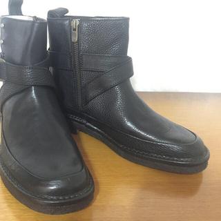 サヤ(SAYA)のサヤ    シュリンク革   ショートブーツ    23.5cm (ブーツ)