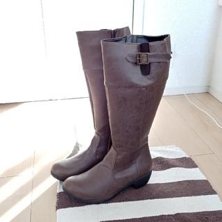 アルトリブロ(AltoLibro)のブーツ(ブーツ)