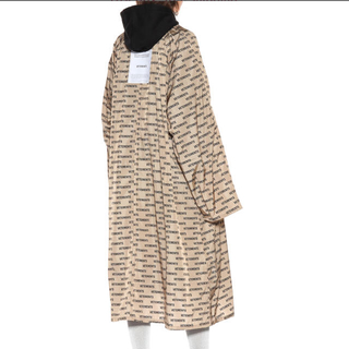 VETEMENTS printed raincoat(レインコート)