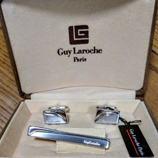 ギラロッシュ(Guy Laroche)のギラロッシュネクタイピン新品未使用品(ネクタイピン)