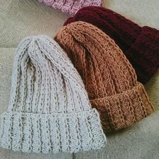 手編み ニット帽  キャメル(帽子)