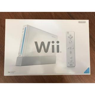 ウィー(Wii)のWii 本体 ★白色 shiro☆Wiiリモコンジャケット付き☆(家庭用ゲーム本体)