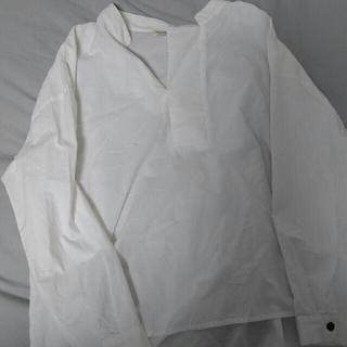 ダブルネーム(DOUBLE NAME)のスキッパーシャツ 白 DOUBLE NAME(シャツ/ブラウス(長袖/七分))