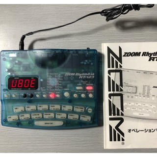 ズーム(Zoom)のZOOM  リズムトラック TR-123  ギター練習に曲作りに是非欲しい一台(音源モジュール)