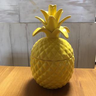 ダブルティー(WTW)のハワイアン雑貨 パイナップル小物入れ SEA CODE(インテリア雑貨)