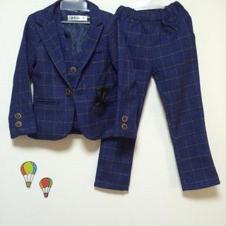 フォーマルスーツ 男の子 スーツ キッズ ネクタイ付 子供 3点セット (ドレス/フォーマル)