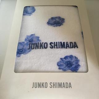 ジュンコシマダ(JUNKO SHIMADA)の【新品未使用】JUNKO SHIMADA フェイスタオル ホワイト ブルー 花柄(タオル/バス用品)