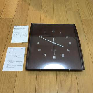 イデアインターナショナル(I.D.E.A international)のIDEA LABEL 電波掛け時計 (掛時計/柱時計)