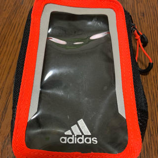 アディダス(adidas)のadidas アディダス ランニングポーチ ブラック×オレンジ スマホポーチ(その他)