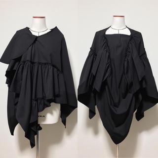 コムデギャルソン(COMME des GARCONS)のコムデギャルソン 変形ギャザーシャツ ブラウス ポンチョ(ポンチョ)