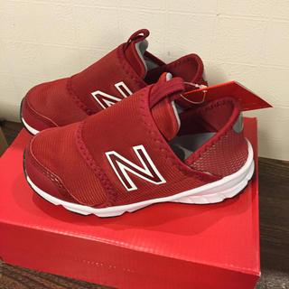 ニューバランス(New Balance)の新品 ニューバランス スニーカー スリッポン 16センチ 赤 女の子 靴 ベビー(スニーカー)