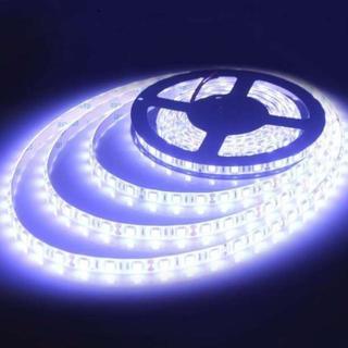 ALITOVE 5m LEDテープ・イルミネーション 防水 ホワイト(トラック・バス用品)