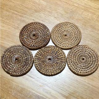 コースター ケタック 5枚(テーブル用品)