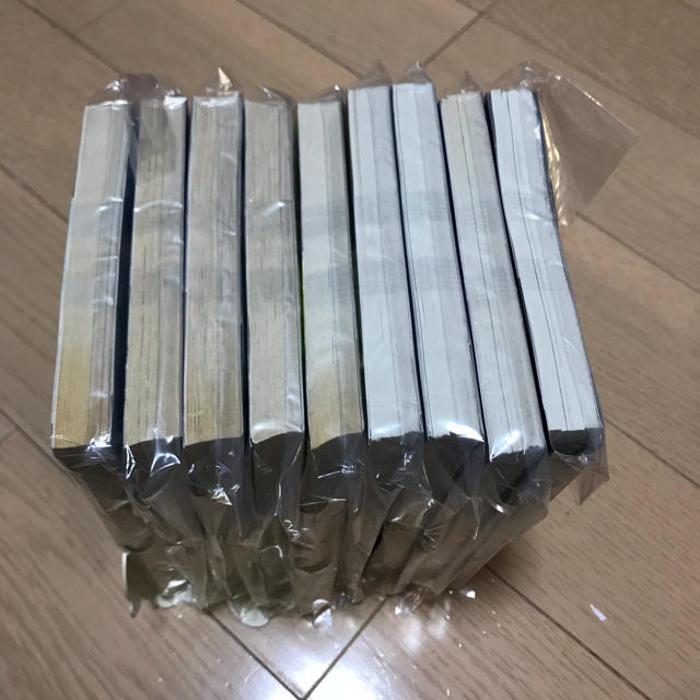 裁断済 宝石の国 1〜9巻 全巻  自炊用 エンタメ/ホビーの漫画(全巻セット)の商品写真