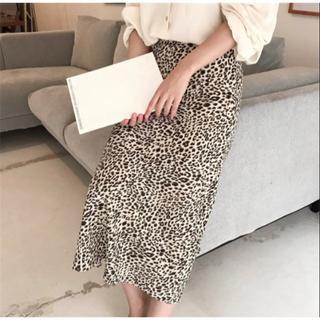 ザラ(ZARA)の新品 レオパード柄スカート(ロングスカート)
