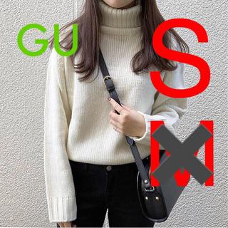 新品♡GU ローゲージタートルネックセーター