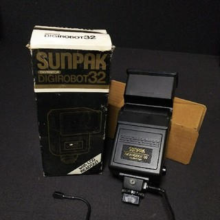 SUNPAK デジロボット32 ストロボ(ストロボ/照明)