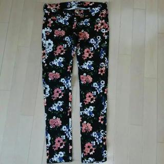 花柄パンツ スキニー