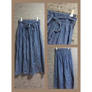 ジーユー(GU)のデニムリボン付きフレアスカート(ひざ丈スカート)