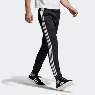 アディダス(adidas)の専用 adidas トラックパンツ (ジャージ)
