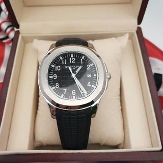 パテックフィリップ(PATEK PHILIPPE)の PATEK PHILIPPE アクアノート ブラック文字盤 メンズ 腕時計(腕時計(アナログ))
