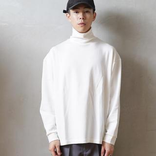 """アンユーズド(UNUSED)のKAIKO TECH TURTLE NECK """"WHITE""""(Tシャツ/カットソー(七分/長袖))"""