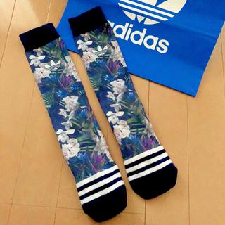 adidas - レア アディダスオリジナルス 花柄 ソックス