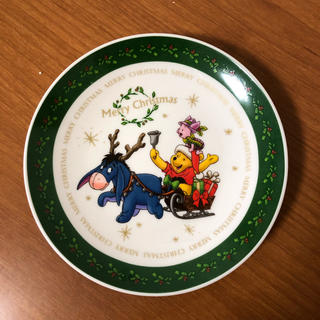 クマノプーサン(くまのプーさん)のくまのプーさん クリスマスプレート (キャラクターグッズ)