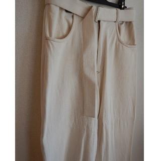 アンユーズド(UNUSED)のuru tokyo belted wide slacks white 2(スラックス)
