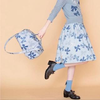 ジェーンマープル(JaneMarple)のRibbons go around のタックスカート(ひざ丈スカート)