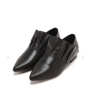 ジェフリーキャンベル(JEFFREY CAMPBELL)のローズバッド E8 BY MIISTA  フラットシューズ (ローファー/革靴)