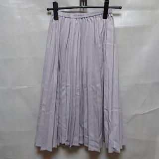 ジーユー(GU)のGU 未使用タグ付き プリーツスカート(ひざ丈スカート)