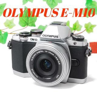オリンパス(OLYMPUS)の❤️オリンパス最上級❤️スマホ転送❤️OLYMPUS E-M10(ミラーレス一眼)