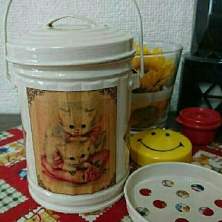 😃オシャレ灰皿or小物入れ❗アイボリー  レトロ ネコ🐱【R-68】(灰皿)