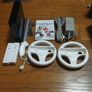 ウィー(Wii)のWii本体セット マリオカートWii(家庭用ゲーム本体)