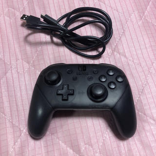 ニンテンドースイッチ(Nintendo Switch)の送料無料ほぼ新品Nintendo Switch Proコントローラースイッチ(家庭用ゲーム本体)