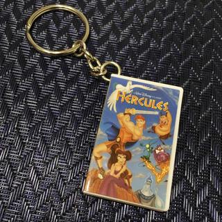ディズニー(Disney)のディズニーランドパリ ヘラクレス ビデオ キーチェーン キーホルダー (キーホルダー)