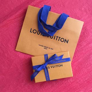 ルイヴィトン(LOUIS VUITTON)のルイヴィトン フレグランス 7種類 ギフト ショップ袋 リボン付(ユニセックス)