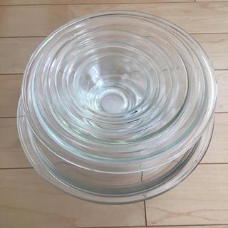 パイレックス(Pyrex)のPYREXとiwgkiの耐熱皿とボウルセット(食器)