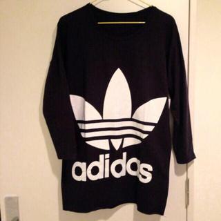 アディダス(adidas)のアディダスロングティシャツ(Tシャツ(長袖/七分))